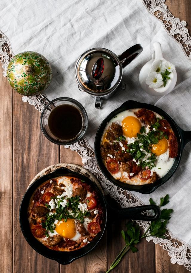 cast iron breakfast pans