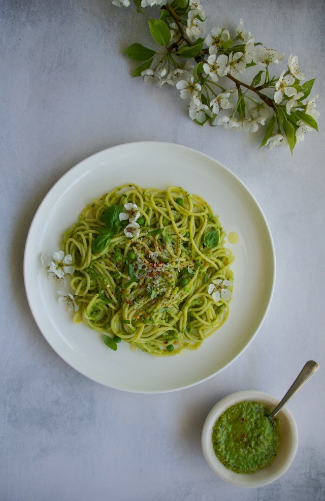 pea pesto by milkandmarigolds.com